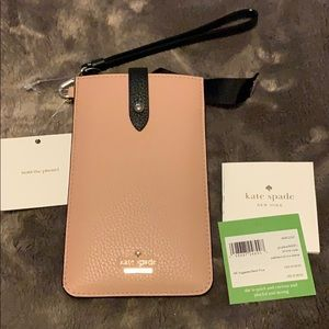 Kate Spade iPhone cases pebbled sleeve